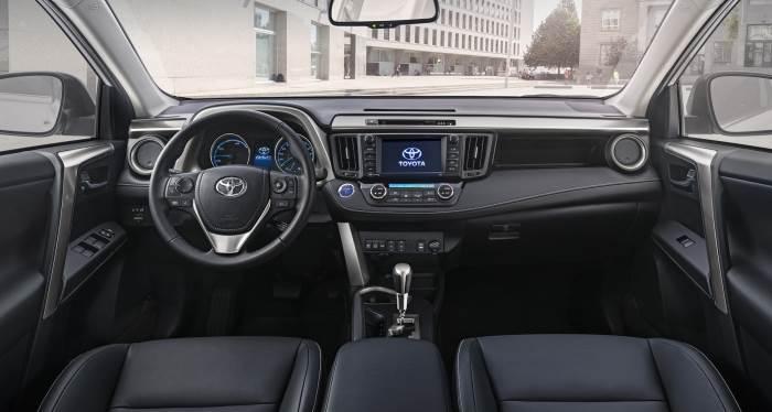 Toyota Rav 4-salon