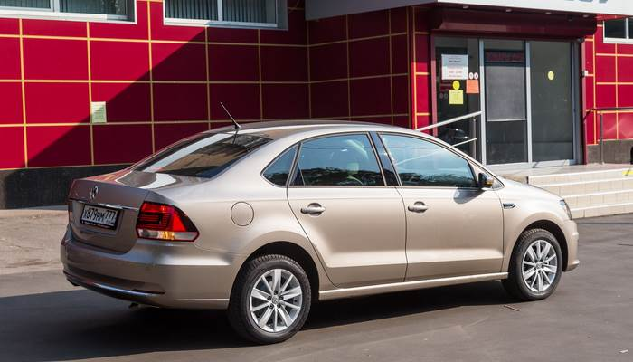 fotografii-VW-Polo-sedan