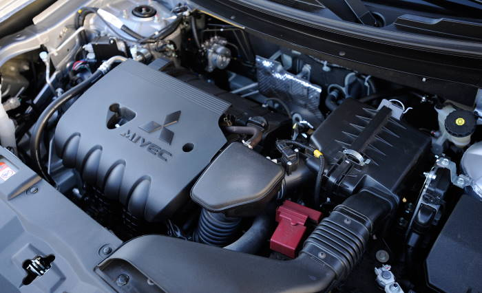 Двигатель Митсубиси Аутлендер 2010