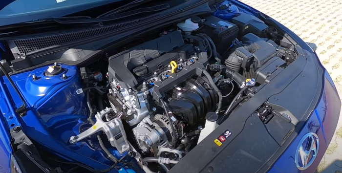 Новая Хендай Элантра 2021 мотор