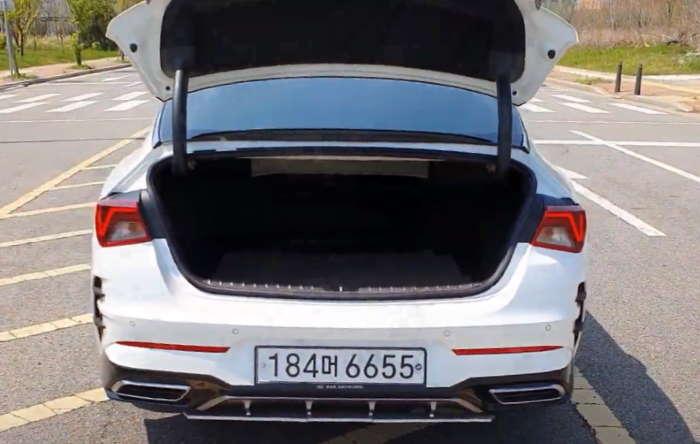 Киа Оптима 2021 фото багажника