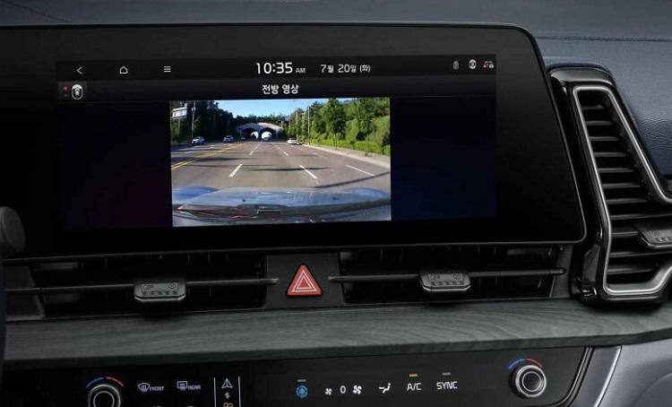 Дисплей и кнопки управления Kia Sportage